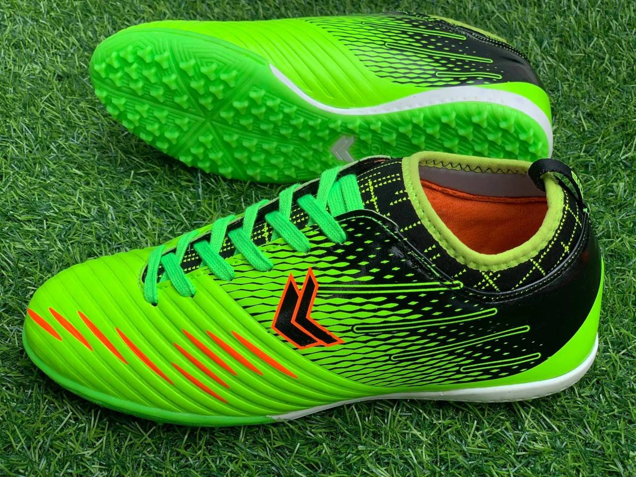 Giày đá bóng chính hãng thương hiệu Sigo hiện đang có ưu đãi lớn nhất tại AH STORE