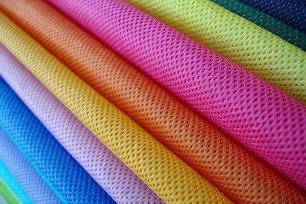 vải thun mè là chất liệu rẻ dễ may và xử dụng cho phân khúc giá thành thấp